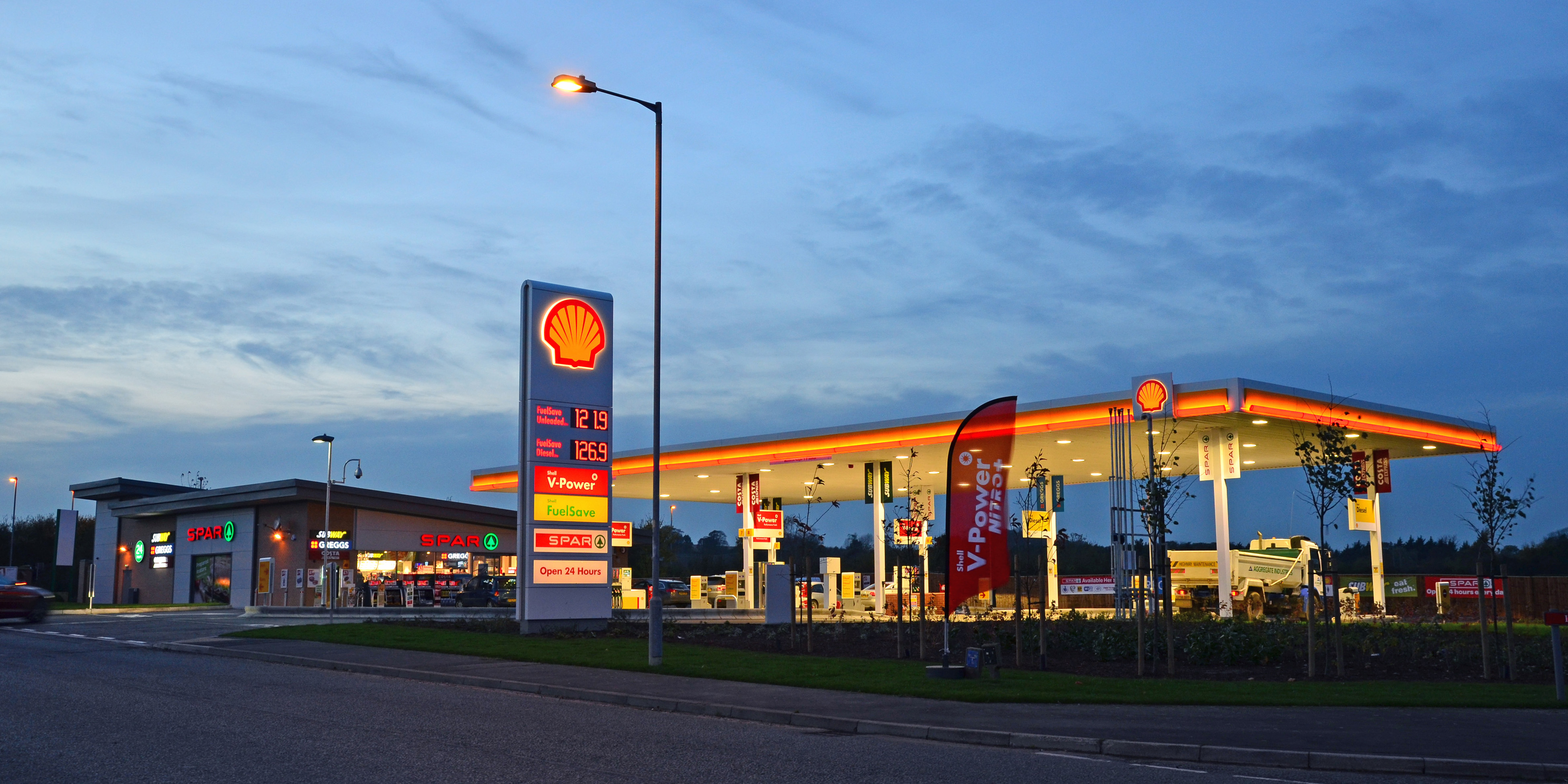 Louth Petrol Station_46_crop